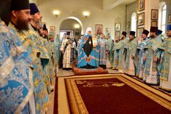 Архиерейское богослужение в престольный день Свято-Михайловского собора